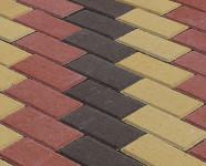 Фото укладки тротуарной плитки из трех цветов Лесенка