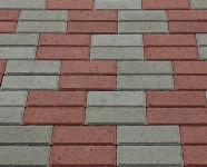 Фото укладки тротуарной плитки из двух цветов
