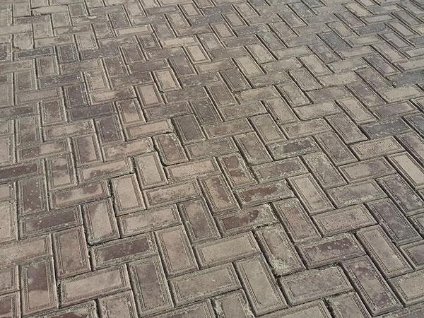 некачественная-тротуарная-плитка3